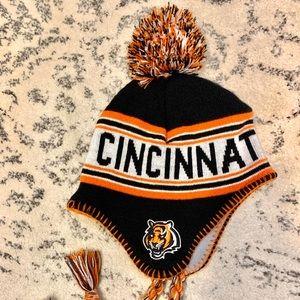 Cincinnati Bengals beanie.